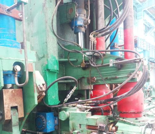 新疆昆玉钢铁配套华顺油气集中润滑系统